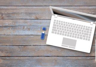 Clé USB en bois, plastique ou cuir? Laquelle choisir